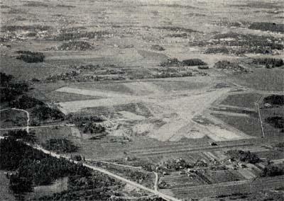 Helsingin maalentoasema, jonne lentoliikenne 16.12.1936 alkaen on siirtynyt.